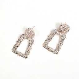 A-FX-UK2-GOLD STATEMENT BULKY SHINY CIRCLE SQUARE EAR