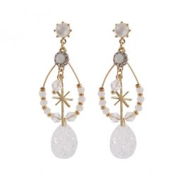 A-TT-540 Water Drops With White Beads Vintage Trendy Earstuds