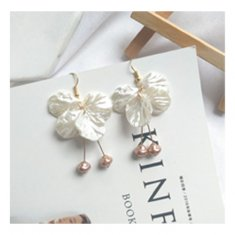 A-TT-376 White Flower Petals Dangling Gold Beads Hook Earrings