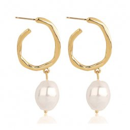 A-MY-02303 Modern Aesthetic Gold & Pearl Korean Fashion Earrings