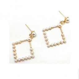 A-LG-5- Gold Classic Pearl Square Korean Earstuds