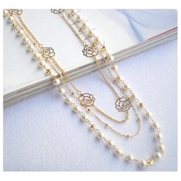 A-JF-XL-6005 Gold Rose Pendants & White Pearl Long Necklace