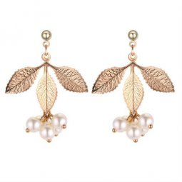 P132082 Gold Leave With White Beads Eartsuds Wholesale Shop
