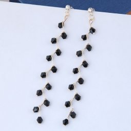 C090518162 Black Beads Leave Braches Tangling Korean Earstuds