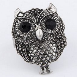 C08102380 Antique Silver Owl Big Eyes Chunky Ring Shop
