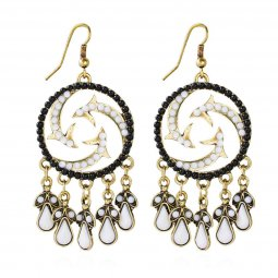 A-HY-E177black Swirling Black & White Beads Dangling Golden Hook
