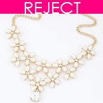 RD0115- Reject Design RD0115- Choker Necklace White Flowers