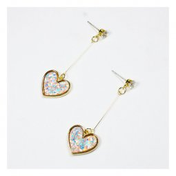 a-QK-0505 Holographic Love Shape Resin Dangling Crystal Earstud