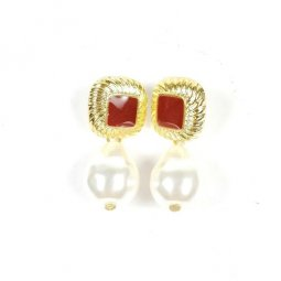 A-TT-A239 Gold Pearl Oval diamond Marroon Square Beads Earstuds