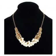 A-CJ-CZ9013 Pearl White Beads Gold Beads Statement Necklaces