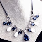C10073232 Blue teardrop shiny crystals dangling choker necklace