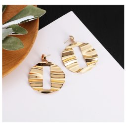 A-LG-ER0659e Korean Style Wavy Dangling Gold Eartstuds