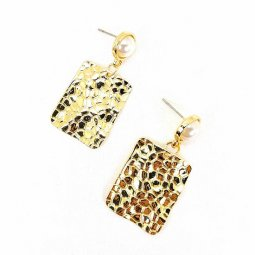A-MDD-E1689D Gold Plate Textured Rounded Square & Pearl Earrings