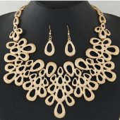 C10111463 Gold elegant moon statement necklace & earrings set
