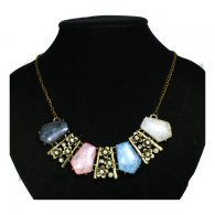 A-H2-X319 Coloured Gem Stones Necklace In Black Pink Blue White