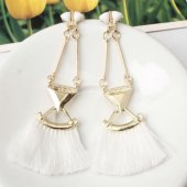 A-SD-EH0149white White Tassel Gold Triangle Dangling Earstuds