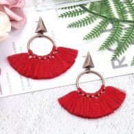 A-HH-HQEF1218maroon Maroon Vintage Tassel Inspired Earstuds