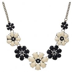A-FF-HT-33 Black White Blooming Flower Beads Statement Necklace