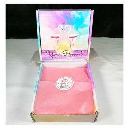 L-UN-BBflamingo Square Size Gift Box Flamingo with Pink Wrappers