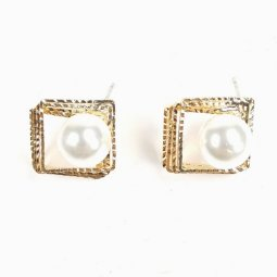 A-JW-X12522 Square Gold Pearl Earrings Malaysia Korean Style
