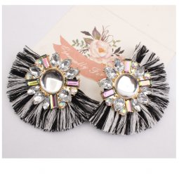 A-SD-EH004blackwhite Black & White Tassel With Crystal Earstuds