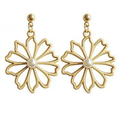 A-SD-XL0310- Gold Classic Big Flower One Pearl Earring