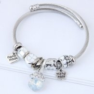 C100707114 White Diamond Shiny Beads Silver Charm Bracelet