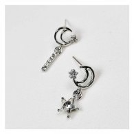 A-QK-0466 Korean Style Two Crescent Moon Pairs Earstuds Shop