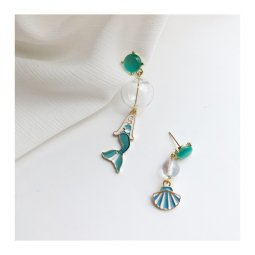 A-TT-356GREEN Green Mermaid With Shell Unmatching Cute Earstuds