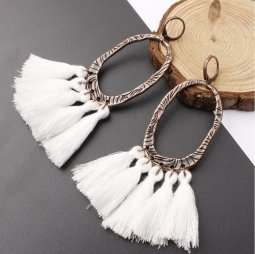 A-SD-XL0205w White Tassel Oval Vintage Huggy Earrings