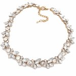 P104882 Vintage flower crystals shiny beads choker necklace