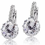 C11054903 SHiny crystals elegance dinner earstuds accessories