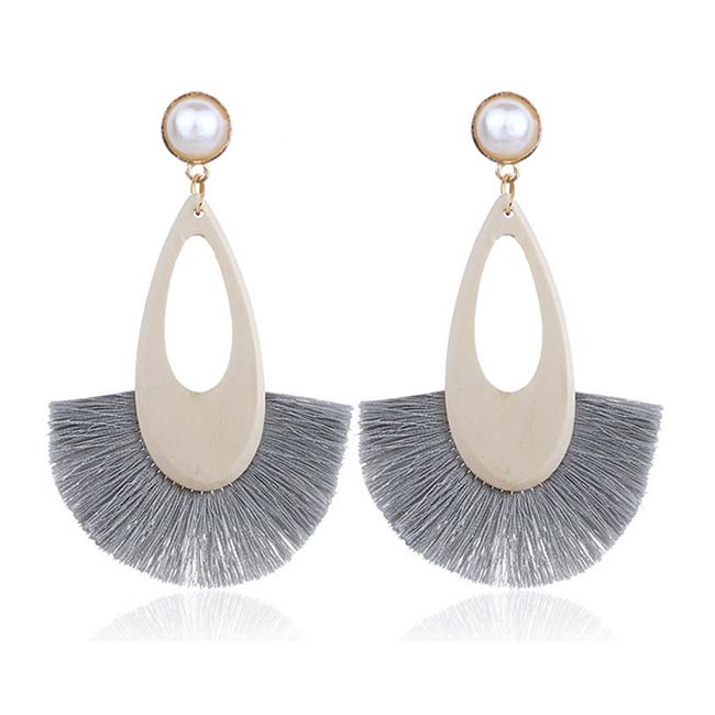 A-FX-E6687grey Grey Tassel Wooden Oval White Pearl Earrings - Click Image to Close