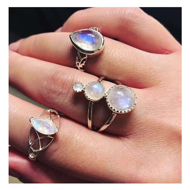 A-QD-R0153 Silver Rings Of Holographic Resin & Crystal Rings Set