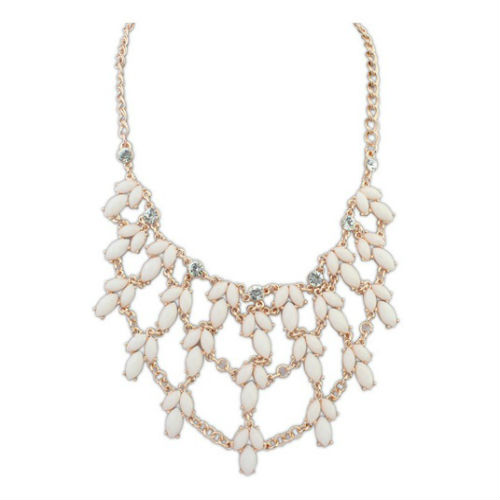 P122281 White Droplets With Shiny Crystals Statement Necklace - Click Image to Close