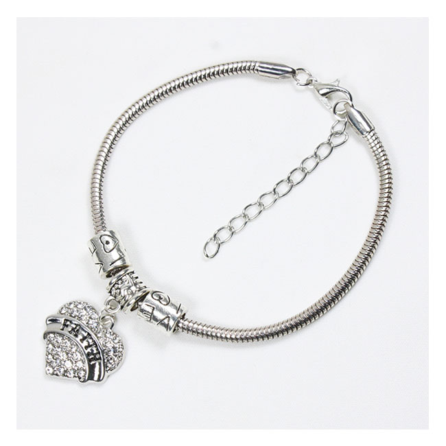A-BK-004 Amare Faith Engraved White Heart Shaped Charm Bracelet - Click Image to Close